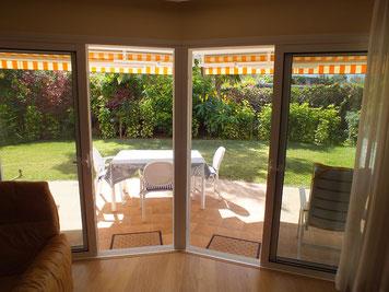Blick auf die Terrasse/Garten