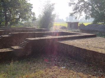 2002年 カピラ城の遺跡