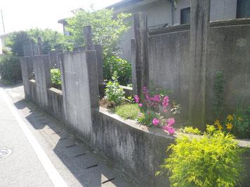 熊本の住宅塗装 高圧洗浄前 塀