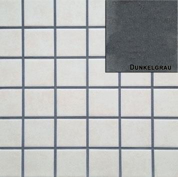 dunkelgrauer Fugenmörtel für Fliesen und Platten im Wand und Bodenbereich