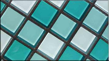 Dunkelgrauer Mosaikfugenmörtel für Wand- und Bodenmosaikfliesen für Innen- und Außenbereich geeignet