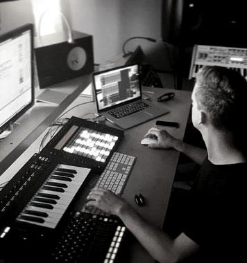 Studiowork Ableton Push, Native Instruments KRK RME Keyboard Piano