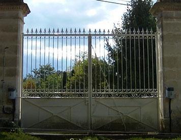 Installation d'un automatisme de portail HykeKit à Aigonnay (79370) par C-automatique