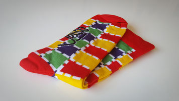 Sokken in diverse kleuren laten maken