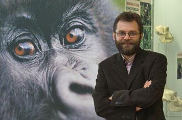 Josep Call vom Max-Planck-Institut für evolutionäre Anthropologie untersucht die Theory of Mind bei Menschenaffen. Dazu nutzt er Verhaltensexperimente. Copyright: MPI für evolutionäre Anthropologie, Leipzig
