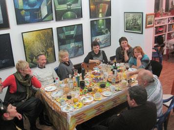 В мастерской удивительного художника, создателя стиля Т-АРТ  В.Коваля. Каждый гость - событие.