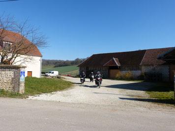 venez découvrirles nombreuses petites routes à moto, circuit aube à moto, champagne à moto, accueil motards