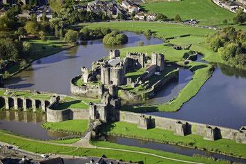 Luftbild des Caerphilly Castles