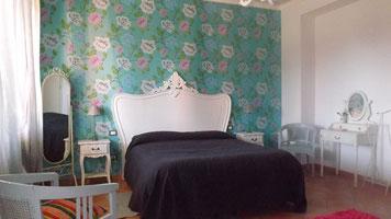 camera tripla  65  euro 70 per il Sabato notte