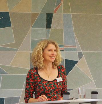 Nicole Hellemann, Abteilungsleitung
