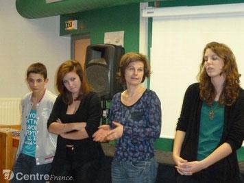 Suzanne Chupin (2ème en partant de la droite)
