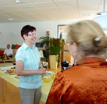 Ministerin Taubert auf der Palliativstation