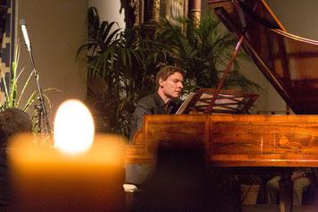 Virtuoser Könner am Hammerklavier: Kristian Bezuidenhout trat in Schenefeld und Glückstadt auf.