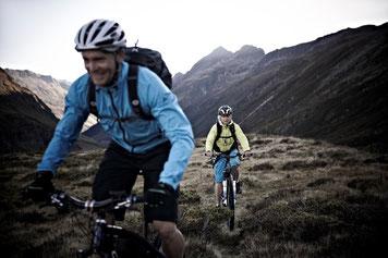 Corratec e-Bikes und Pedelecs in der e-motion e-Bike Welt in Ahrensburg