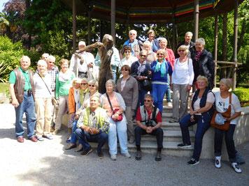 Gruppenfoto mit den LandFrauen und Gästen