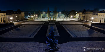 Orangerie Gotha im ersten Schnee bei Nacht
