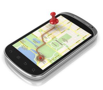 Smartphone mit der Darstellung einer Routenplanung
