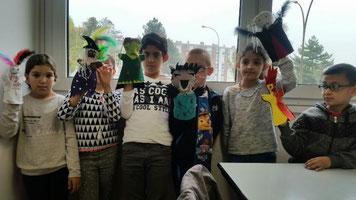 marionnette, atelier, halloween, feutrine, couture, enfants, vampire, zombie, loup garou, fantôme, monstre, sorcière,