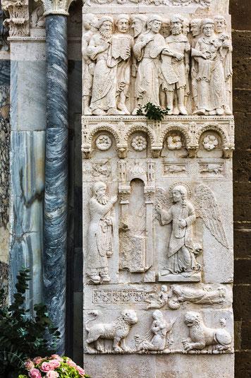 San Giovanni in Venere. Porta della Luna, pannello di destra