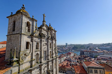 Blick auf Porto von der Kathedrale aus