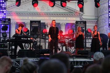 Lou Asril begeisterte am Popfest in Wien. (c) miggl.at