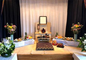 やま六鮨では無料でご利用頂ける祭壇をご用意致しております。