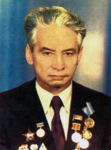 Иннокентий Гаврилович Попов Ректор ЯГУ (1959 - 1973 гг.)