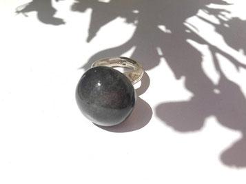 Ring von Dora Des - Atelier STOSSIMHIMMEL