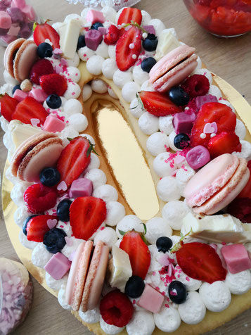 Number Cake fruits rouges chiffre 0