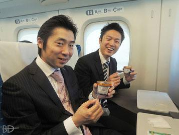 左:青柳高士アマ、右:西尾祐プロ