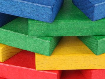 Holzspielzeug-Beck Fröbelbausteine Farbig gebeizt