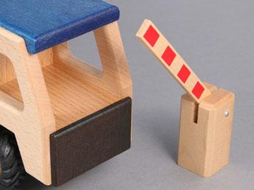 Holzspielzeug Beck Bahnschranke für Holz Eisenbahn und Straßenverkehr