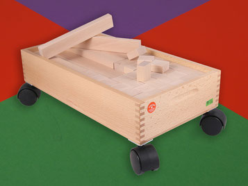 Holzspielzeug Beck Unterteil mit Rädern für Bauwagen