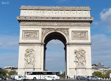 L'arc de triomphe de l'Étoile - Zizi ©
