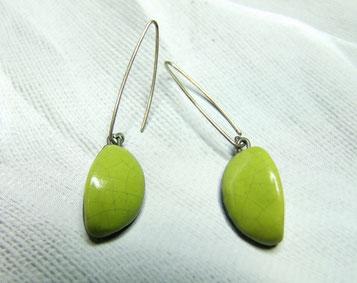 boucles d'oreilles en forme de lune verte