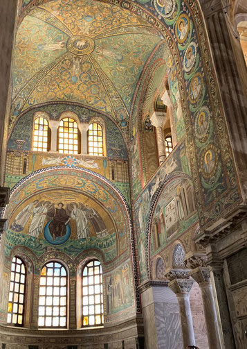サン・ヴィターレ聖堂モザイク画