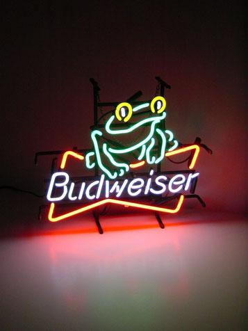 Neon Sign Frosch Budweiser Leuchtschrift