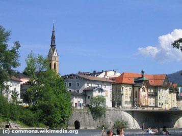 Mittwoch: Das Ziel ist Bad Tölz mit seiner romantischen Altstadt umgeben von Bergen.