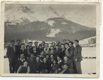 Figure 23-Les camarades du kibboutz Yad Samuel
