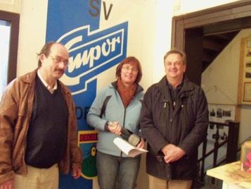 3000 Besucher Frau Mosnyi aus Emersleben