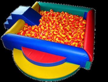 location piscine à balles gonflables