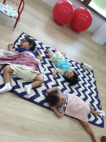 エクササイズ後、託児をしてもらっていたお子さん達もぐっすり夢の中・・・