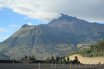 le volcan Imbabura près d'Otavalo