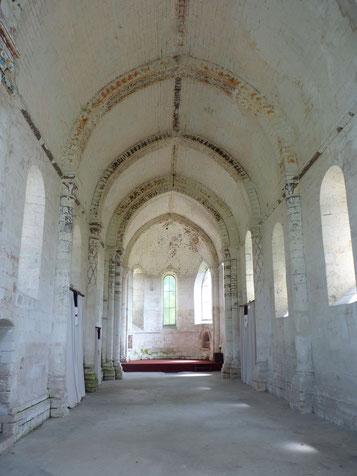 Nef de la chapelle de la commanderie d'Auzon