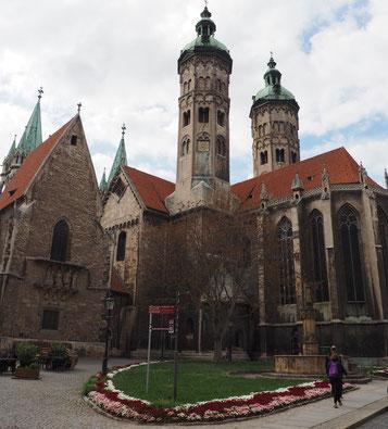 Innenhof des Naumburger Doms
