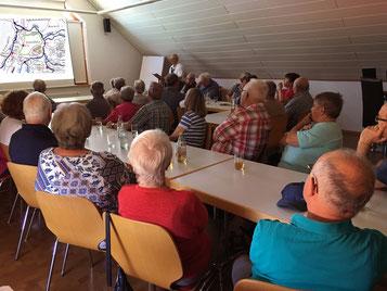 Gut besetzt war der Saal im Feuerwehrhaus Großvillars beim kurzweiligen und informativen Vortrag über unsere Heimat Kraichgau
