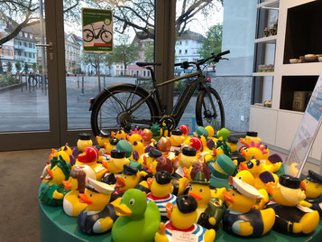 11. Esslinger Entenrennen: Der e-Bike Gewinn wartet bereits auf den Gewinner