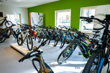 Überzeugen Sie sich von unserem umfassenden e-Bike Marken Sortiment