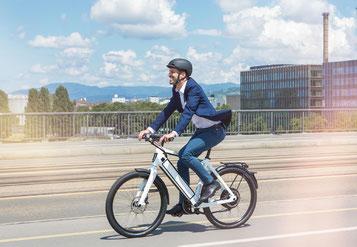 Die e-motion e-Bike Welt Steglitz ist spezialisiert auf das Angebot von Speed Pedelecs