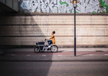 In Düsseldorf gibt es für den Kauf eines Lasten e-Bikes finanzielle Unterstützung für Privatpersonen und gewerbliche Käufer
